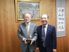 Takao Hayakawa,Professor at Pharmaceutical Research and Technology Institute to Receive Hancock Award in Regulatory Science