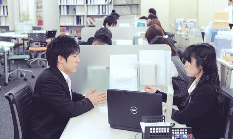 編入・就職について細かく指導