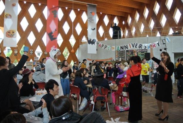 英語村E3[e-cube](イーキューブ)10周年記念パーティー 入場者100万人突破! 全国の英語村の先駆けとなった英語教育施設