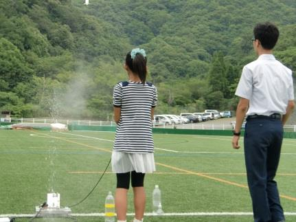 7/17(日)「オープンキャンパス2016」を開催 ドローンを飛ばしてキャンパスの空撮映像視聴も! 近畿大学附属和歌山高等学校・中学校