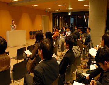 「第9回ことばのフェスティバル」を開催 日本人学生と留学生が、互いの言語を教え合いスピーチを披露