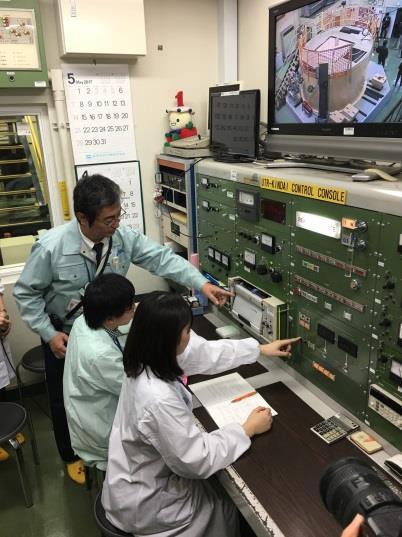 試験研究用原子炉の教育・研究利用を再開 原子炉実機による実習を行い、原子力を担う人材育成に貢献