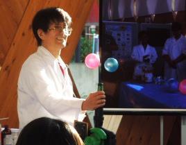 8/22(土)化学の楽しさを体験!出張化学実験を実施 近畿大学名誉教授 木村隆良・近畿大学理工会化学研究会