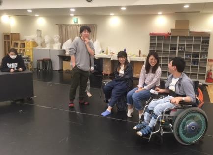 近畿大学文芸学部×たんぽぽの家 アートセンターHANA 障害のある人と共に演劇作品・舞踊作品を創作