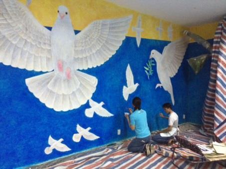 ベトナム戦争証跡博物館 壁画プロジェクト講演会 平和友好の題材として全容を語る