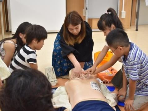 「医学部オープンキャンパス 2018」を開催 小・中学生向け参加型特別プログラムも実施