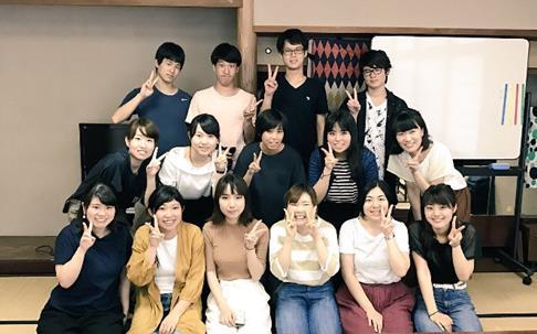 学生が小学生に「環境にやさしい料理」を伝える 大阪ガスの食育活動「エコ・クッキング」のサポートメンバーに
