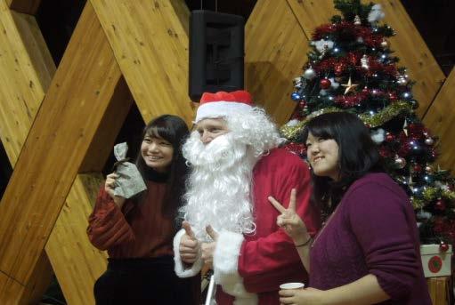 英語村E3[e-cube]Christmas Charity Dinner 欧米の伝統的なクリスマスを体験