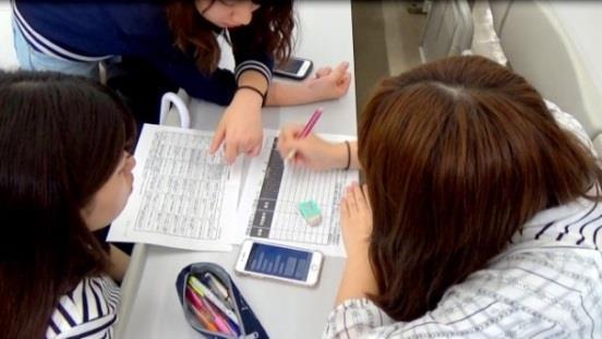 AIによる学生評価支援の研究成果を発表 学生がAI評価を受容できるか、ワークショップも公開