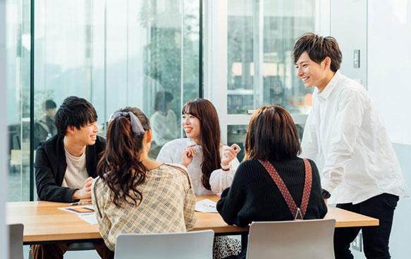 近畿大学×トレンダーズ 若手女性マーケターによるSNS時代のマーケティング実践講座
