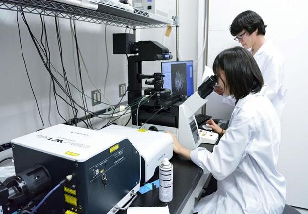 あの「マンモス」の実物組織や実験設備を公開! BOSTマンモス展を開催