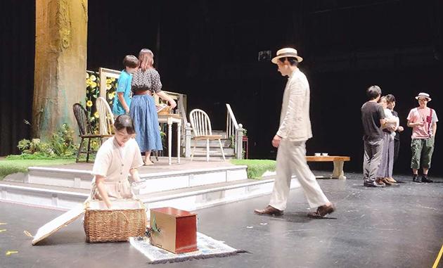 近畿大学文芸学部舞台芸術専攻 卒業公演 4年間の学びの集大成として、話題作『百年の秘密』に挑戦