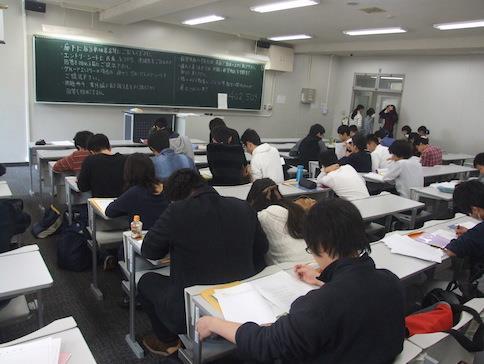 近畿大学「第22回数学コンテスト」開催 国際数学オリンピックメダリストも輩出