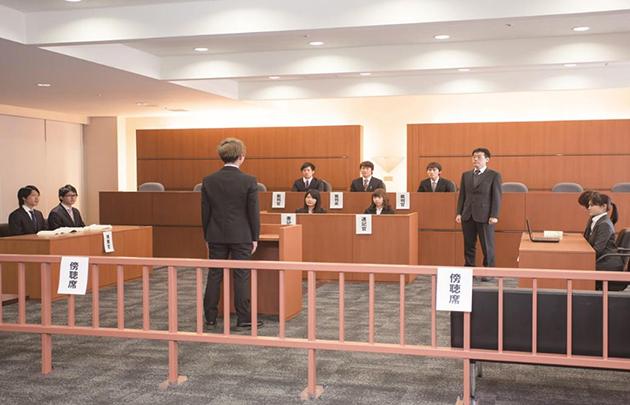 「無料法律相談」「模擬裁判」を一般にも開放 ホームカミングデーにて開催