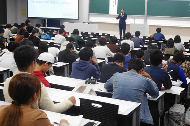 参議院議員 東 徹氏による寄附講座開催 「日本の政治の未来について」