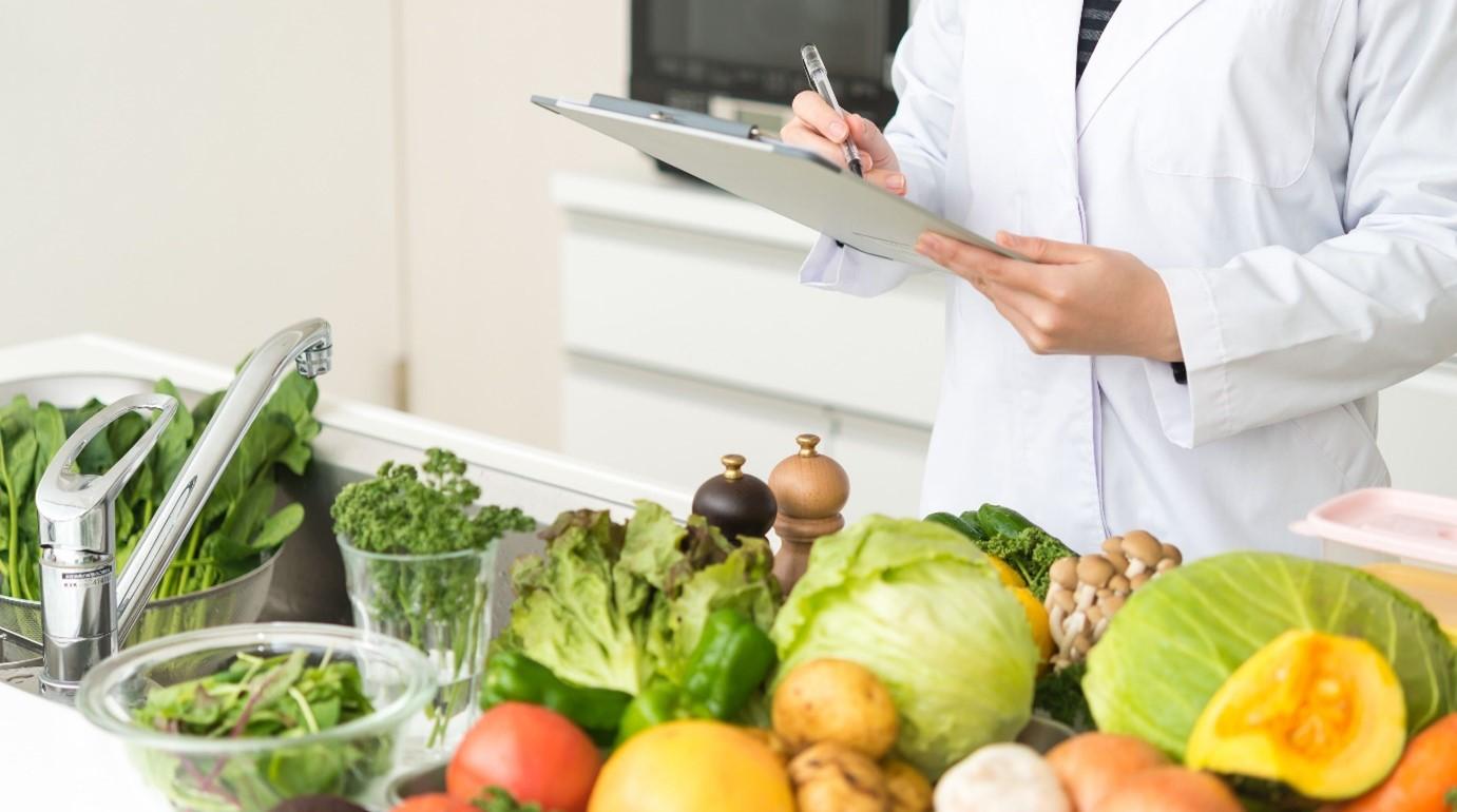 2月19日から、近畿大学とわたし漢方が新型コロナウイルス感染症軽症患者に対する「栄養調査」を実施
