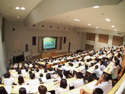 第2回近大高専オープンキャンパスを開催 実践的技術者を養成する「高専」を体験しよう!