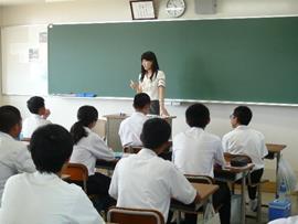 夏のオープンスクール開催(中学生対象) 授業体験やクラブ見学などを企画!
