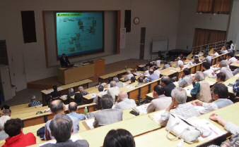 近大高専 第6回市民公開講座 「光ディスクの仕組み」「有機半導体」の最先端研究を学ぶ