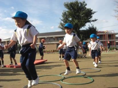 近畿大学附属幼稚園で食育セミナーを開催 包括連携協定に基づく「奈良県スポーツアカデミー」事業の一環