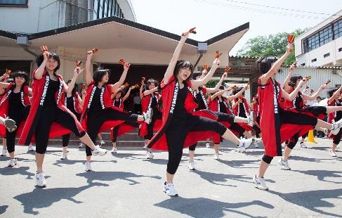 近大附属豊岡高等学校・中学校 文化祭「近梅祭」を開催 熊本地震被災地支援やコウノトリ野生復帰支援のための募金活動も実施