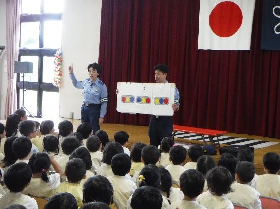 園児のための交通安全教室を実施 交通ルールやマナーを楽しく学ぶ