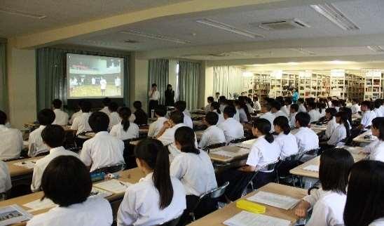 夏のオープンスクール開催(中学生対象) 授業体験やクラブ見学などを企画