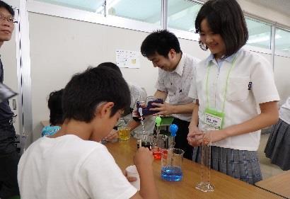 夏のオープンスクール・近中力だめしテスト開催 「大学入学共通テスト」を意識した体験授業・理科実験体験など企画満載!