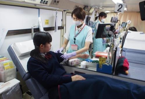 日本赤十字社と生徒会による「献血活動」を実施 ~命を救う身近なボランティアへの参加~