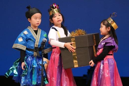 「生活発表会」で言語・表現活動成果を披露 歌・劇・オペレッタで、子どもの成長を感じる機会