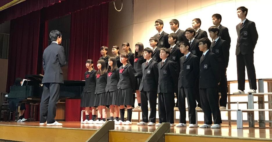 「近大新宮中学校合唱コンクール」を開催 「近大マスク」の着用やソーシャルディスタンスでコロナ対策
